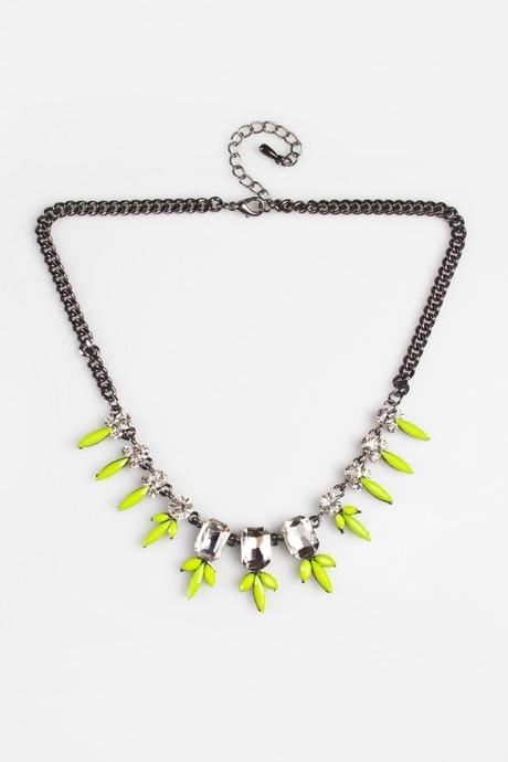 Ожерелье КонтисРаспродажа Black Friday<br>Гиппоаллергенный бижутерный сплав металлов, не содержащий никеля. Металл, стекло, пластмасса<br>