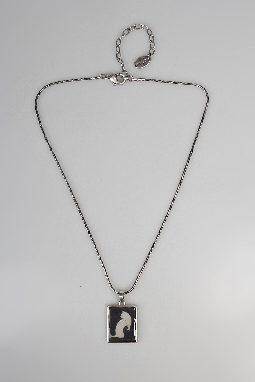 Кулон на цепочке Кошка в ночиРаспродажа Black Friday<br>Метал: гиппоаллергенный бижутерный сплав металлов, не содержащий никеля.<br>