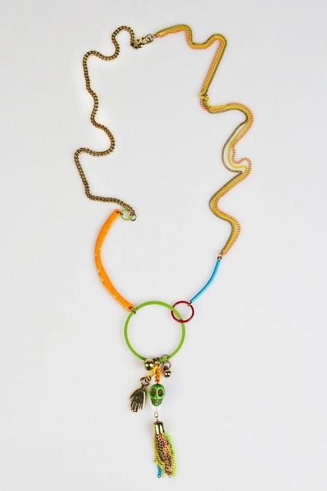 Ожерелье ХихиРаспродажа Black Friday<br>Металл, эмаль, ручная работа<br>