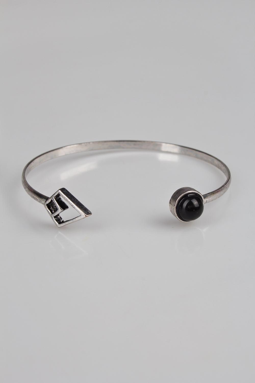 Браслет ТриасМетал: гиппоаллергенный бижутерный сплав металлов, не содержащий никеля, пластик.<br>