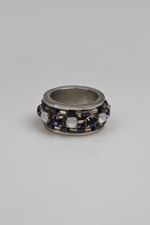 Кольцо ШоуРаспродажа Black Friday<br>Метал: гиппоаллергенный бижутерный сплав металлов, не содержащий никеля, пластик.<br>