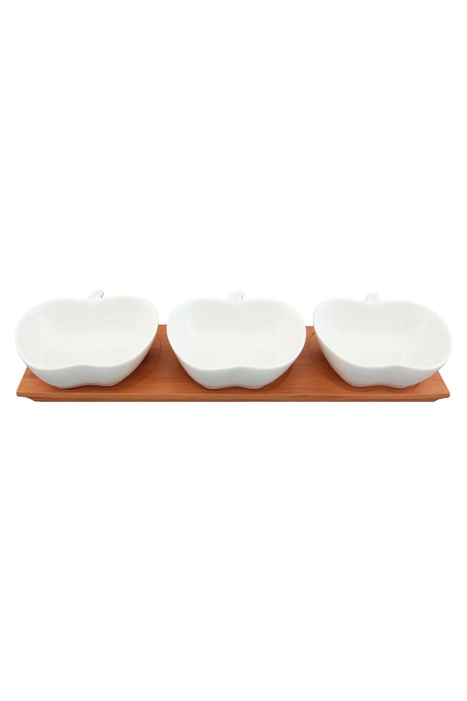 Блюдо сервировочное ЯблокоПосуда<br>3 предмета, 11*11*3,8 см. 120 мл. - каждое, на деревянной подставке, 33,5*10*5 см. - в наборе. Фарфор<br>