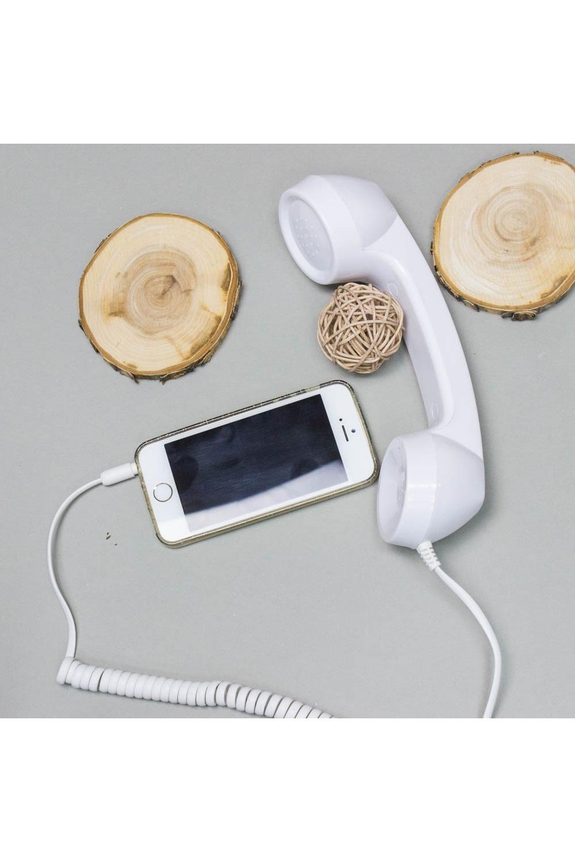 Трубка телефонная CRUZ глянцевая белый телефонная розетка abb bjb basic 55 шато 1 разъем цвет черный