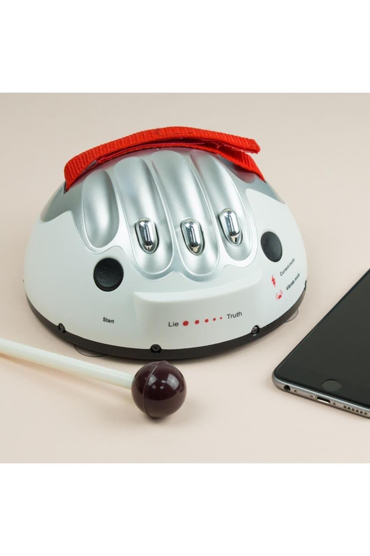 Портативный детектор лжи ЭлектрошокПодарки<br>Комплектация: Детектор, коробка. Материал: Пластик<br>