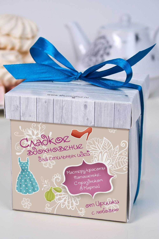 Печенье с предсказанием именное Для стильных идейСувениры и упаковка<br>Порадуйте близкого вам человека необычным, а главное вкусным подарком. В каждом печенье можно найти индивидуальное предсказание. В упаковке - 5 шт. Размер коробки: 10х10х10см. Внимание! Коробка может отличаться от представленной на фото.<br>