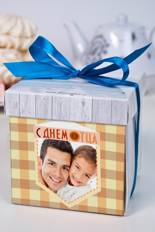 Печенье с предсказанием именное С днем отцаСувениры и упаковка<br>Порадуйте близкого вам человека необычным, а главное вкусным подарком. В каждом печенье можно найти индивидуальное предсказание. В упаковке - 5 шт. Размер коробки: 10х10х10см<br>
