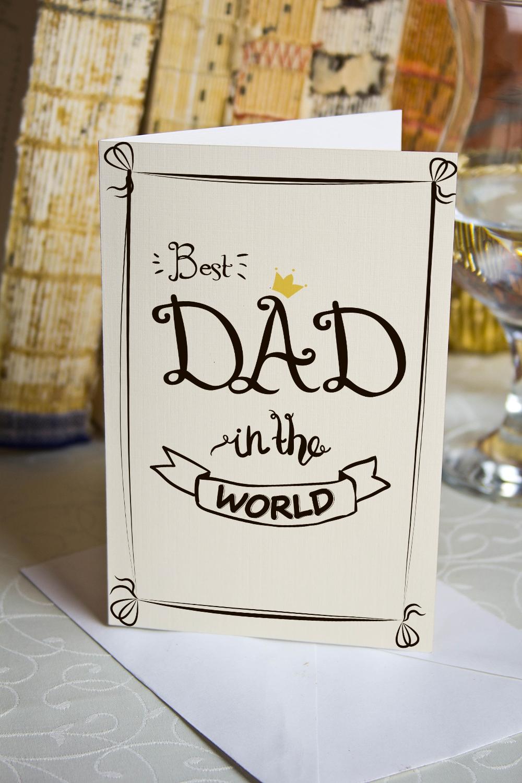 Открытка двойная Best DadОткрытки<br>Открытка двойная с Вашими фото и поздравлением. Дизайнерская бумага. Размер в сложенном виде 10х15см<br>