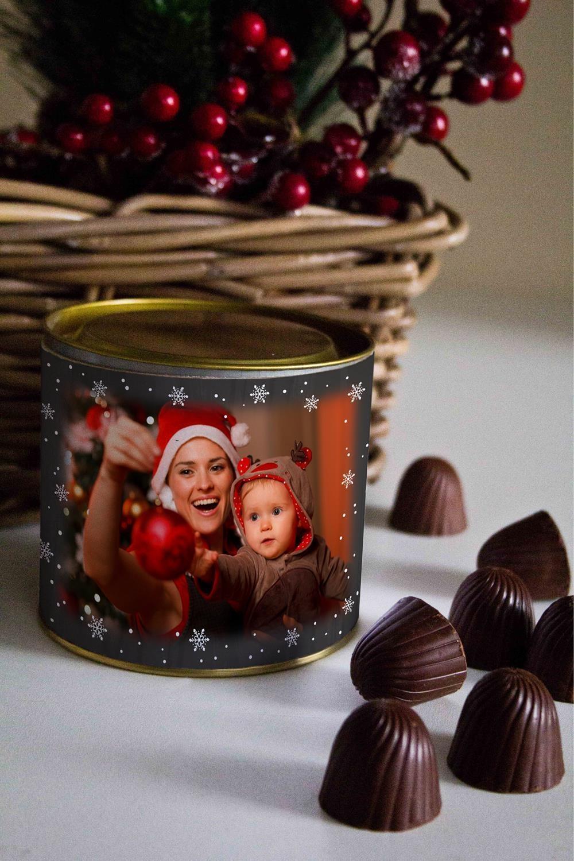 Банка шоколадных конфет с Вашим именем Меловая доскаНовогодние сладости<br>Банка шоколадных конфет с Вашим именем, 130г (8 конфет ассорти). Размер банки: 9*10см.<br>