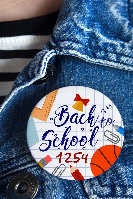 Значок с Вашим текстом Back to schoolПерсональные подарки с Вашим именем<br>Значок на булавке с Вашим текстом, Д=56мм<br>