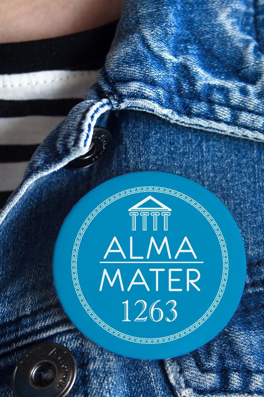 Значок с Вашим текстом My Alma materПерсональные подарки с Вашим именем<br>Значок на булавке с Вашим текстом, Д=56мм<br>