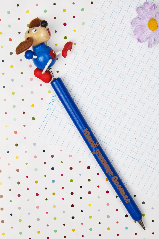 Ручка шариковая с Вашим текстом СобачкаУчеба и работа<br>Оригинальная шариковая ручка с персональной надписью станет замечательным подарком ребенку. Материал: дерево. Цвет: синий<br>