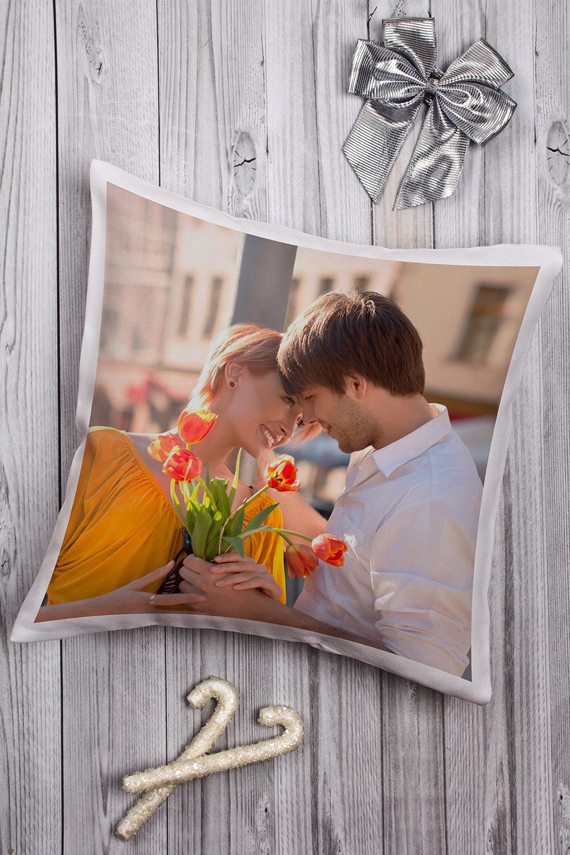Подушка декоративная с Вашим именем РомантикаДекоративные подушки<br>Подушка декоративная, 35*35см, габардин, с нанесением персонального текста<br>