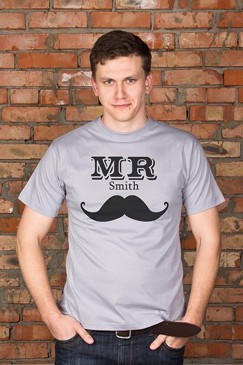 Футболка мужская с вашим текстом Mr &amp; Mrs SmithПодарки<br>Футболка мужская с Вашим текстом, 100% хлопок, серая<br>