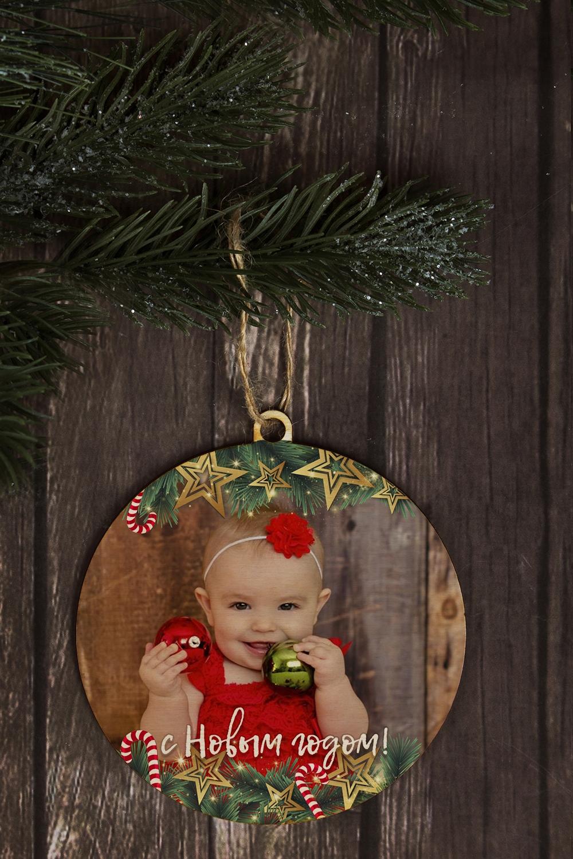 Игрушка елочная с Вашим фото Новогоднее сияниеЕлочные шары<br>Выс=9см, дерево, с Вашим фото<br>